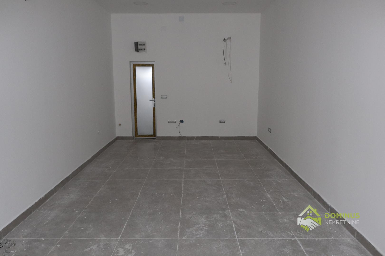 Poslovni prostor 35m2, Centar Aranđelovac