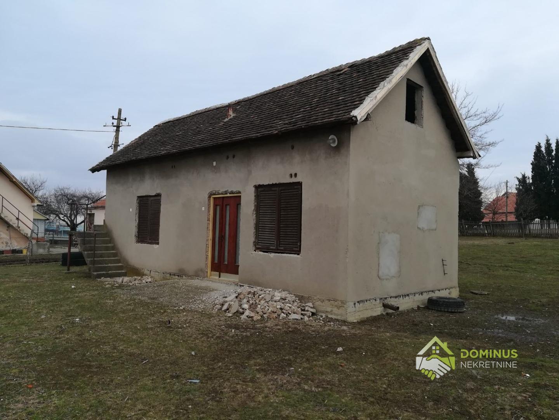 Kuća 39m2, 26ari placa, Arapovac Lazarevac